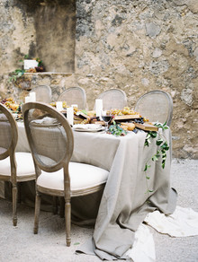 Elegant, fall Spanish inspired wedding at Mission San Jose in San Antonio Texas