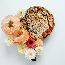 How to mix paper flowers with real flowers for the most beautiful bouquet