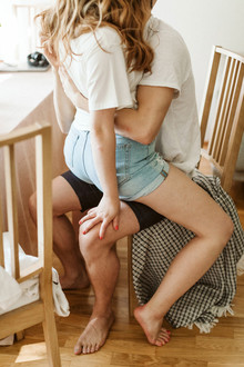 How to style your intimate engagement photos at home