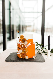 orange citrus inspired wedding cake