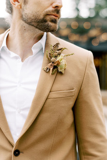 Fall groom's fashion