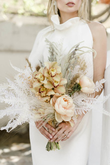 Modern boho bridal bouquet