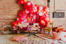 Big balloon backdrop for Valentine's Day party
