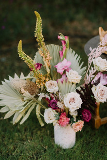 modern boho wedding flowers