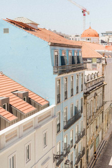colorful buildings in Lisbon