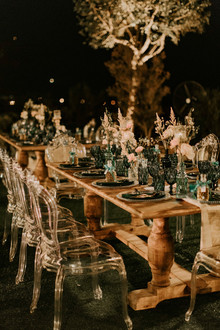 emerald and gold wedding decor