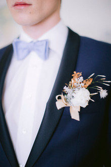 dried flower boutonnière