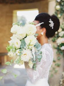 White wedding flowers
