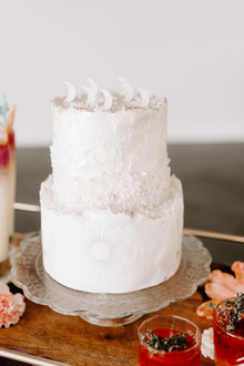 Moon wedding cake