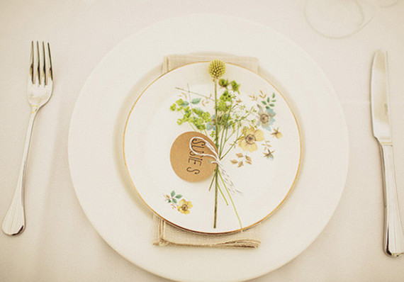 Vintage table setting decor