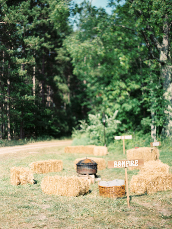 Haystacks and bonfire signs