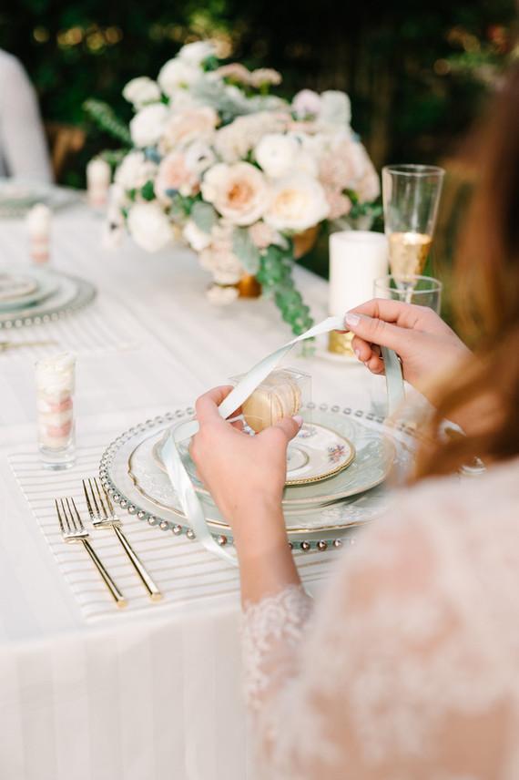 Wedding gift registry boardmans wedding money envelopes for Top places for wedding registries