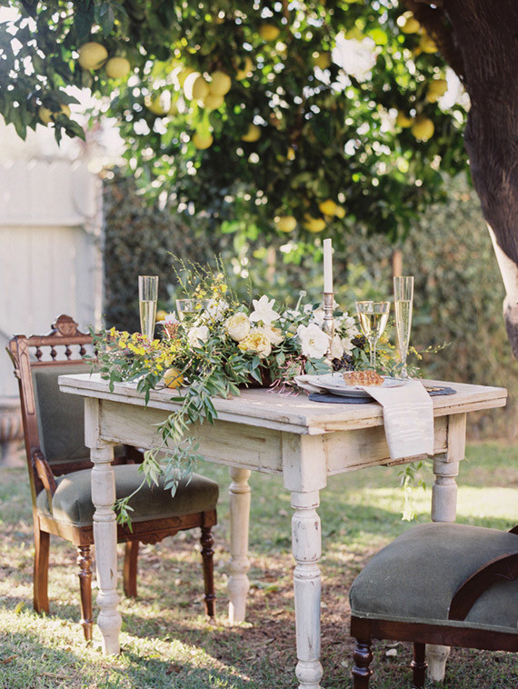 Intimate Outdoor Rehearsal Dinner Tablescape