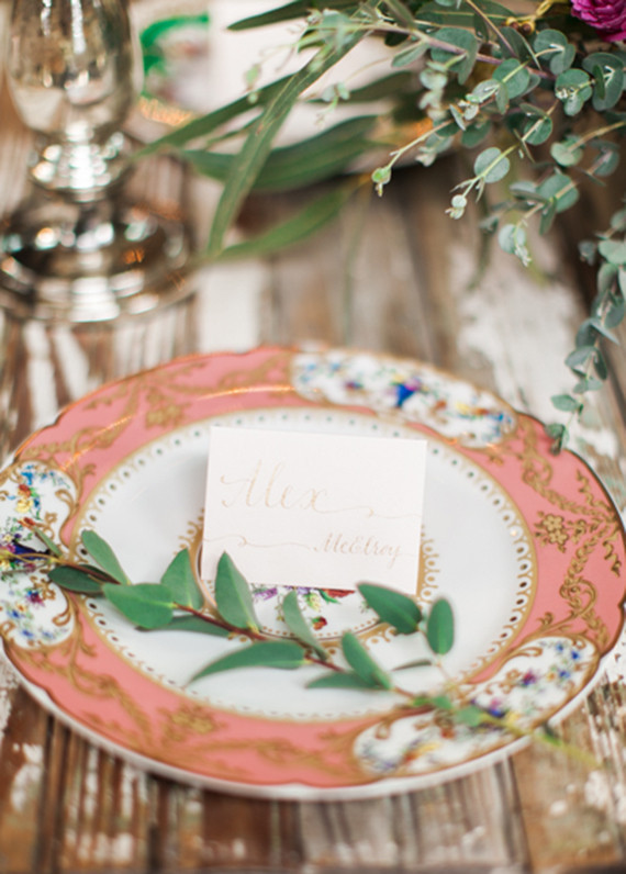 Chic vintage place setting