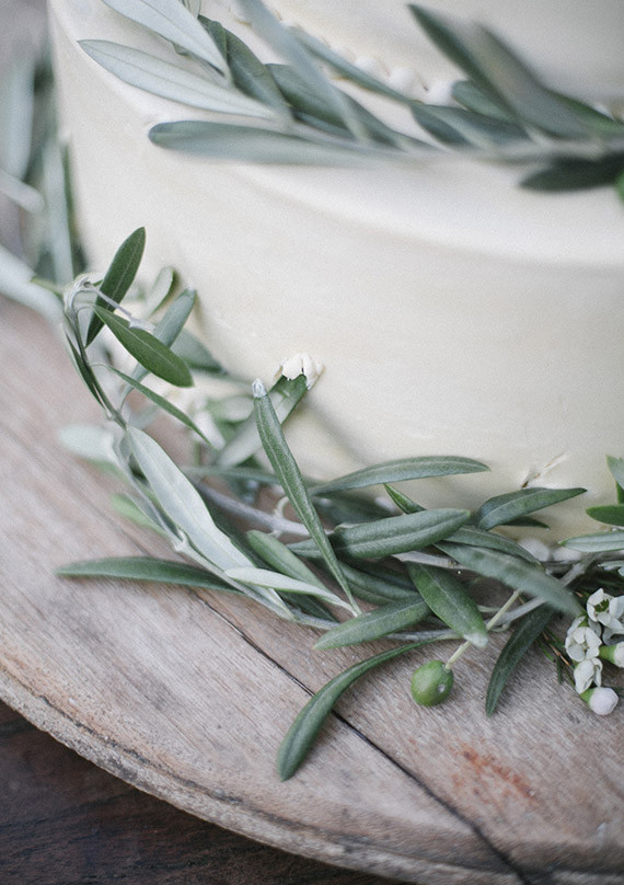 Olive branch cake decorations