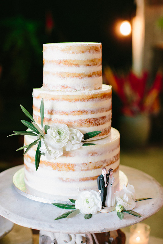 Frostingless Wedding Cake: Gallery for gt hilary duff wedding cake ...