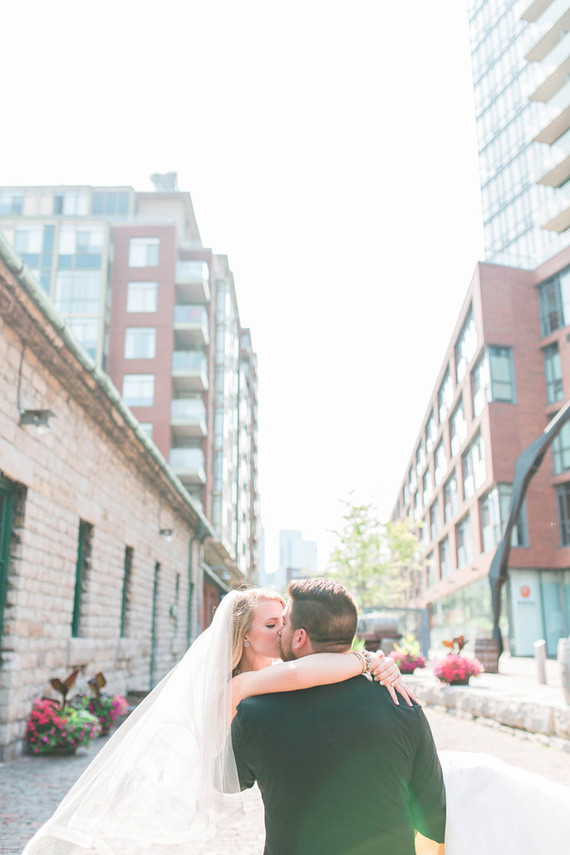 Downtown Toronto wedding portrait