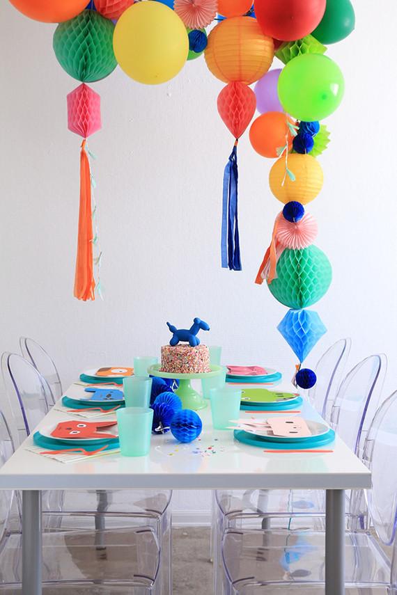 Balloon animals wedding