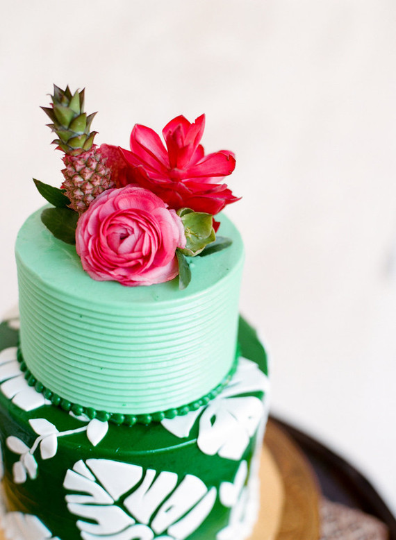 tropical wedding cake wedding amp party ideas 100 layer cake