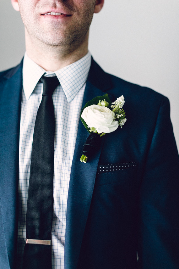 Ranunculus Boutonniere Wedding Amp Party Ideas 100 Layer