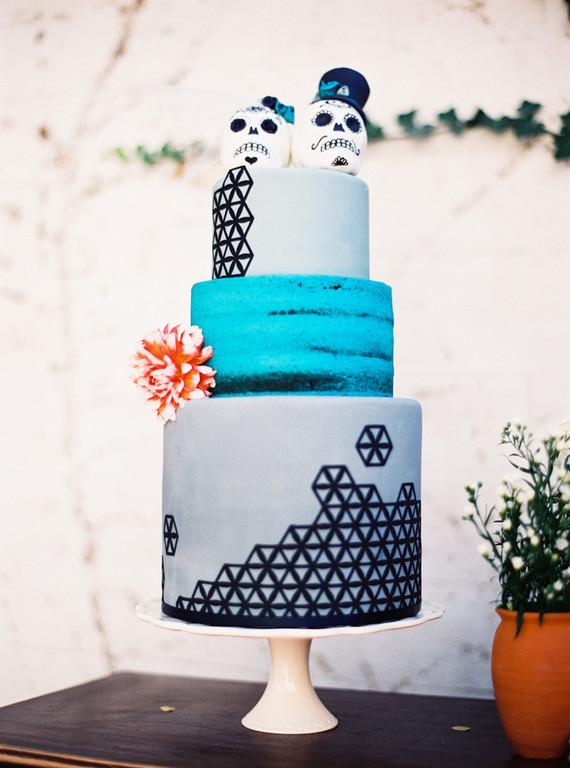 Dia de Los Muertos wedding cake | Wedding & Party Ideas | 100 Layer Cake