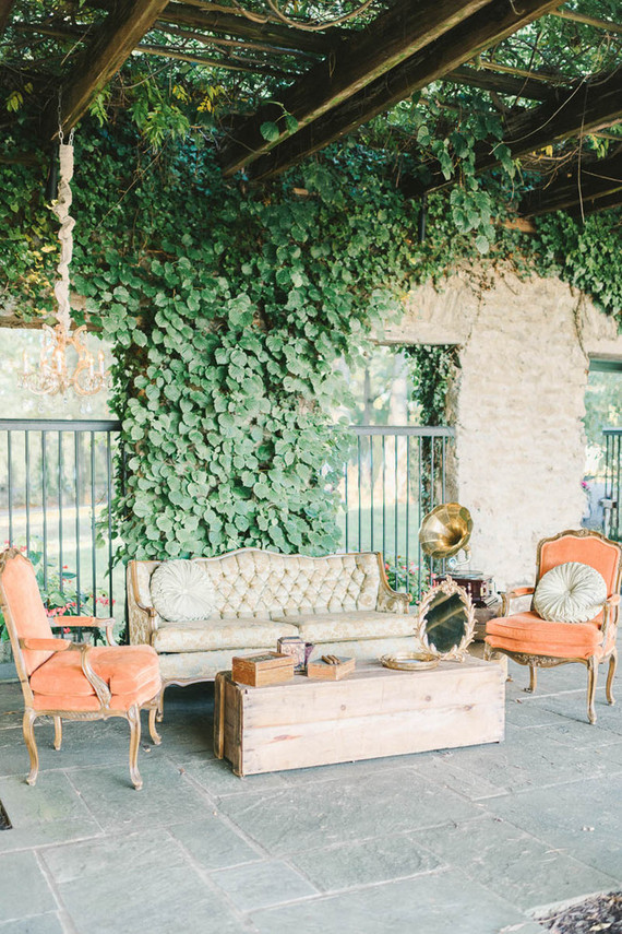 Vintage Lounge Area Wedding Amp Party Ideas 100 Layer Cake