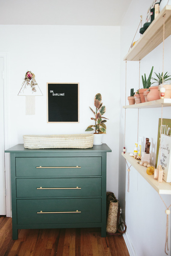 green changing table