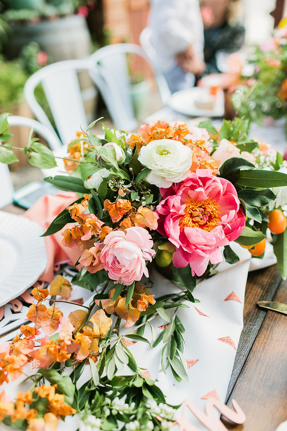 Peach Mother's Day brunch florals