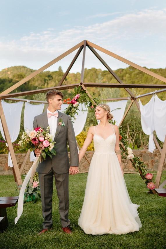 Modern Garden Wedding Wedding Amp Party Ideas 100 Layer Cake