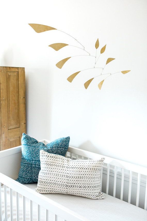 Neutral modern nursery ideas
