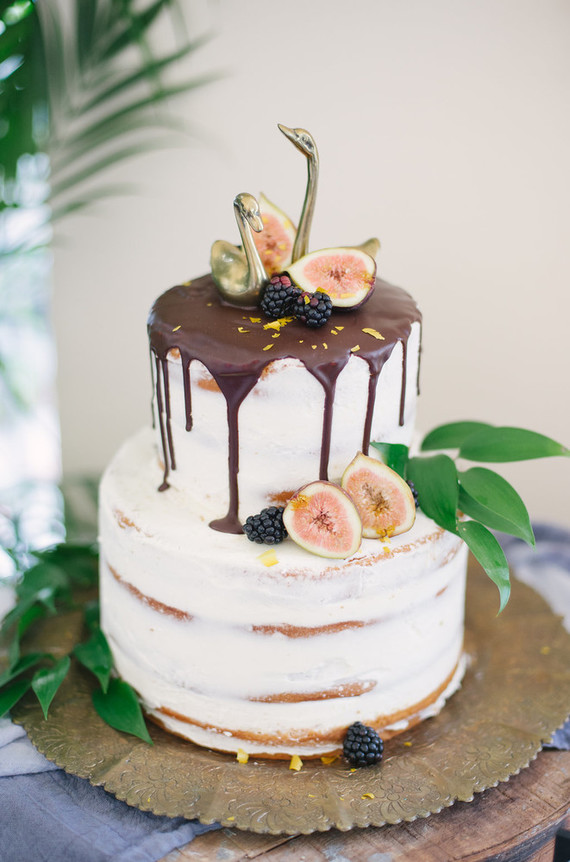 Drip Cake With Figs Wedding Amp Party Ideas 100 Layer Cake