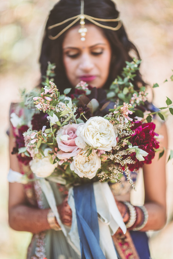 Modern Indian bride and bouquet