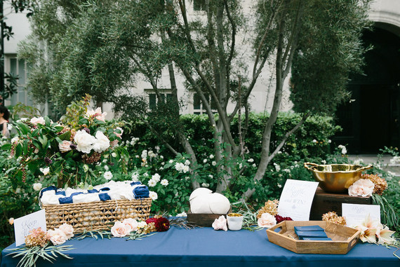 Wedding guest book table | Wedding & Party Ideas | 100 Layer Cake