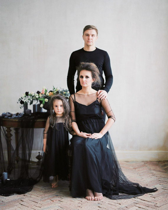 Romantic gothic family photos