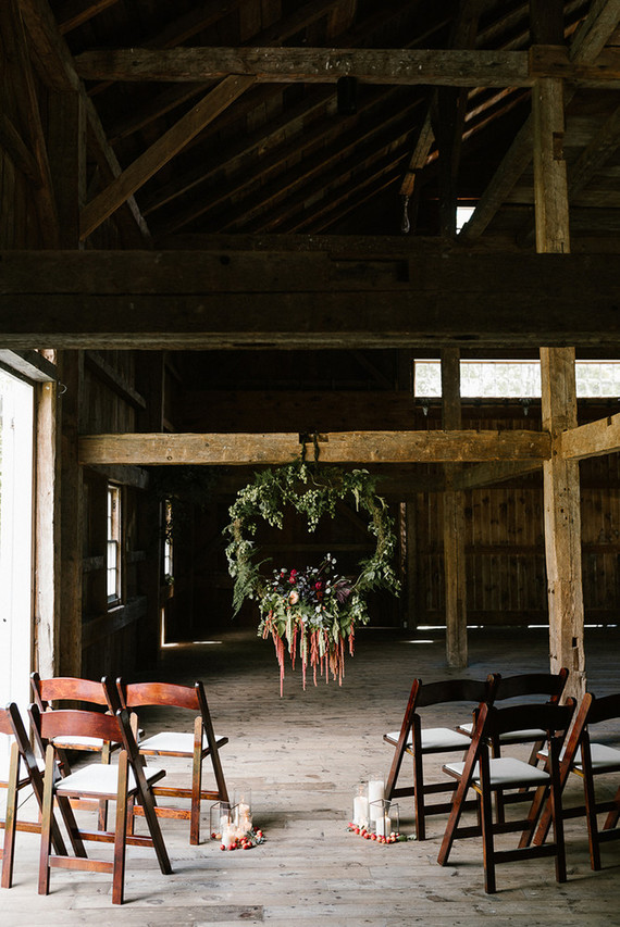 Fall barn wedding decor