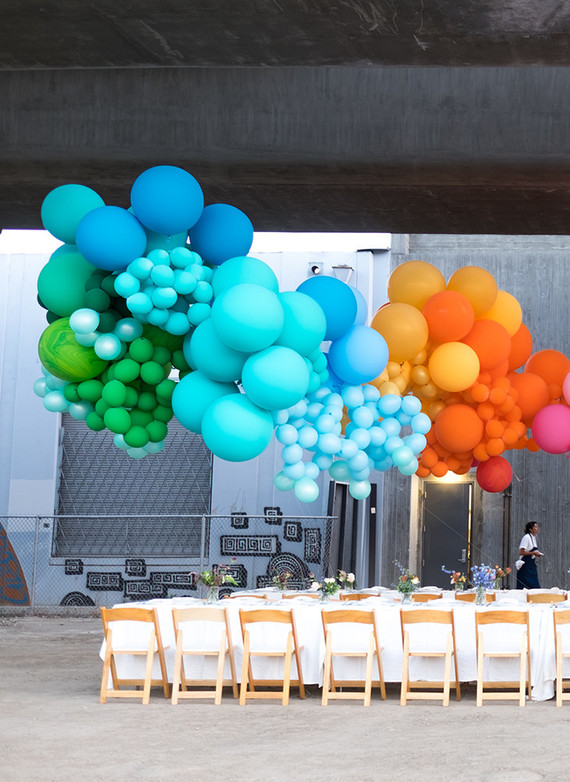 Balloon party decor wedding ideas layer cake