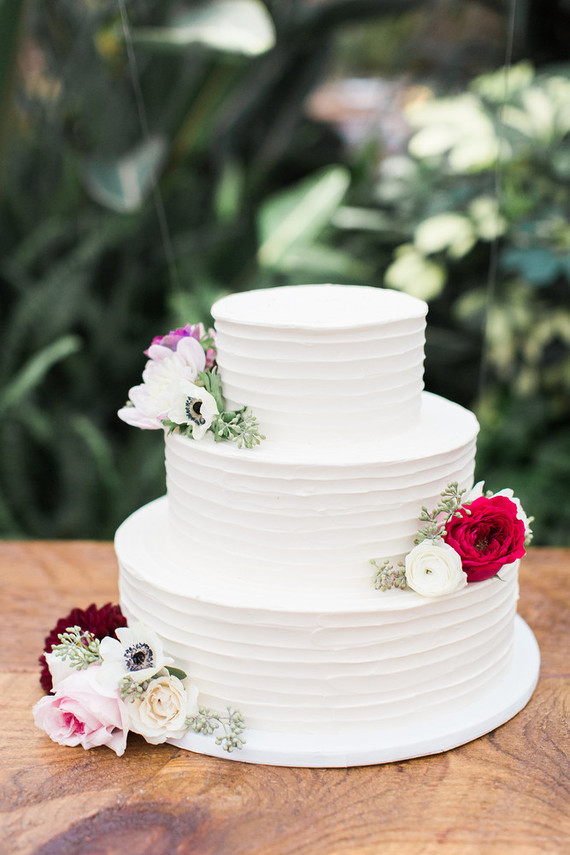 Romantic modern wedding cake