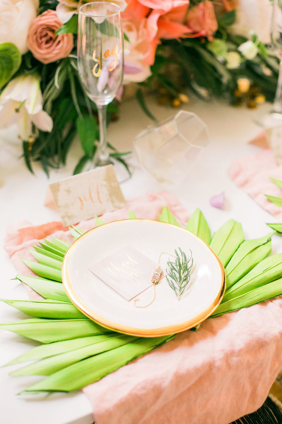 Tropical place setting