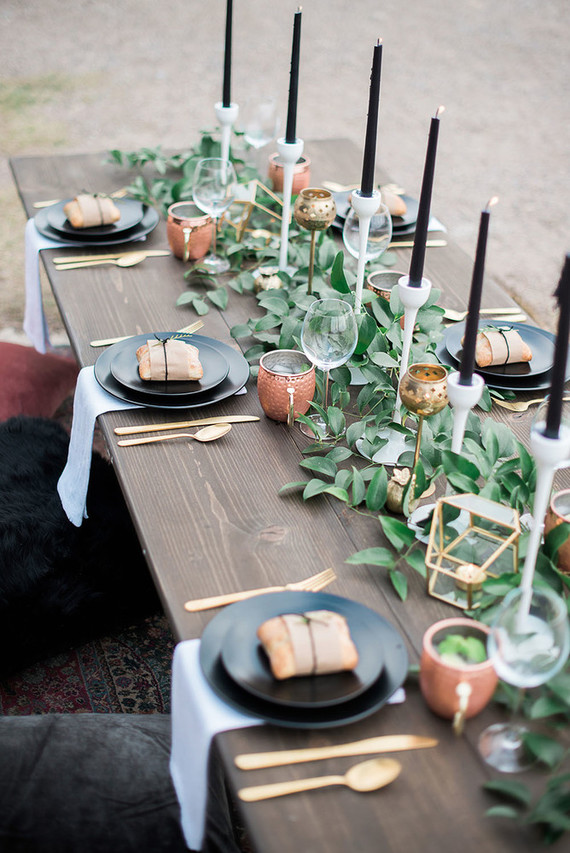 Black And Gold Tablescape Wedding Amp Party Ideas 100