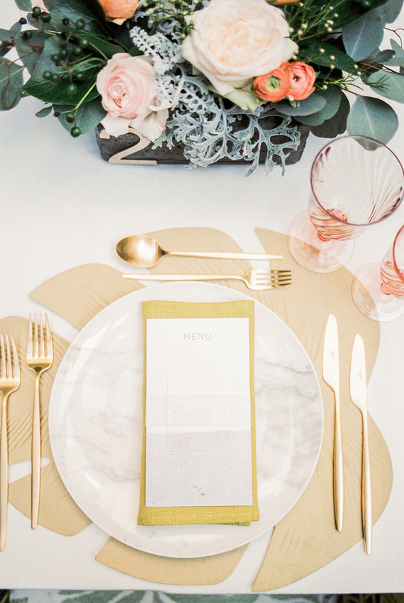 Tropical gold place setting
