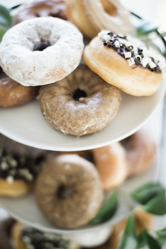 baby shower donuts