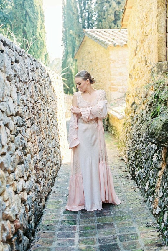 Romantic and natural Spring wedding inspiration