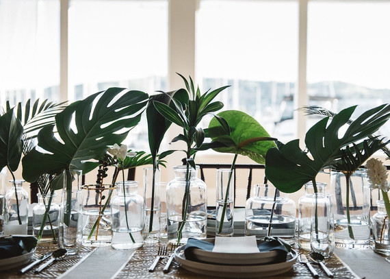 Monstera Leaf Centerpiece Wedding Amp Party Ideas 100