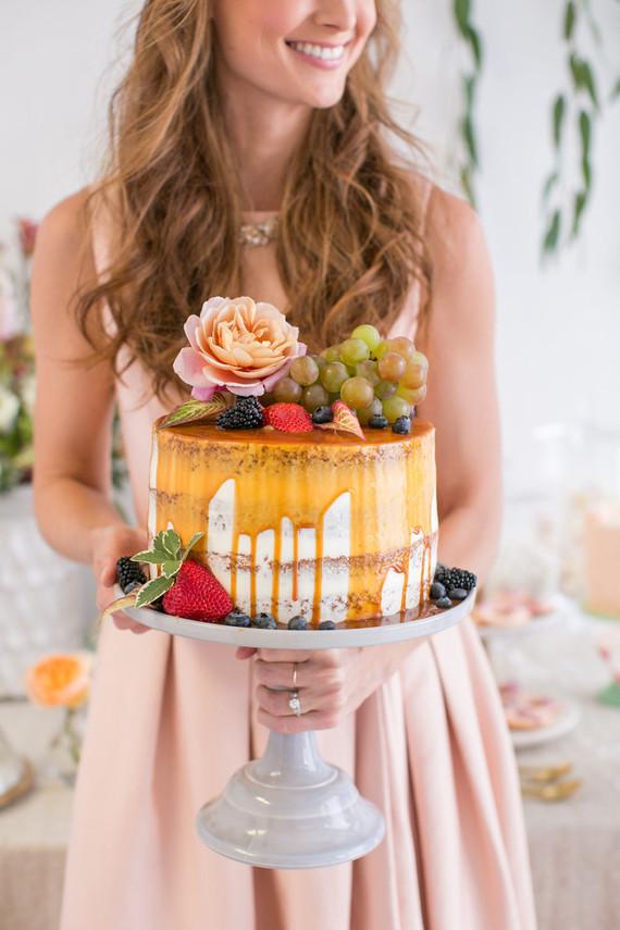 Caramel Drip Cake Wedding Amp Party Ideas 100 Layer Cake