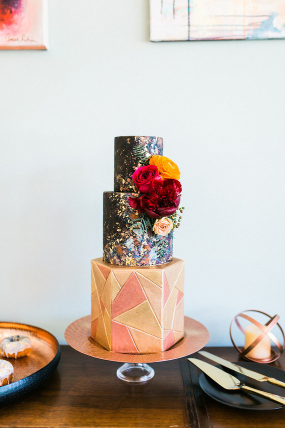 Geometric Wedding Cake Wedding Amp Party Ideas 100 Layer