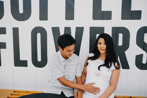 Coffee shop maternity photos