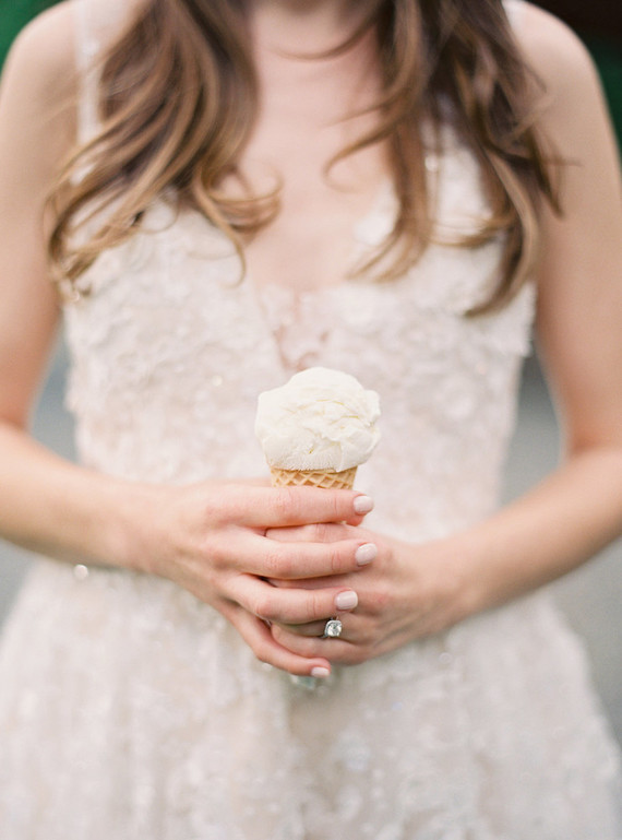 ice cream for a wedding