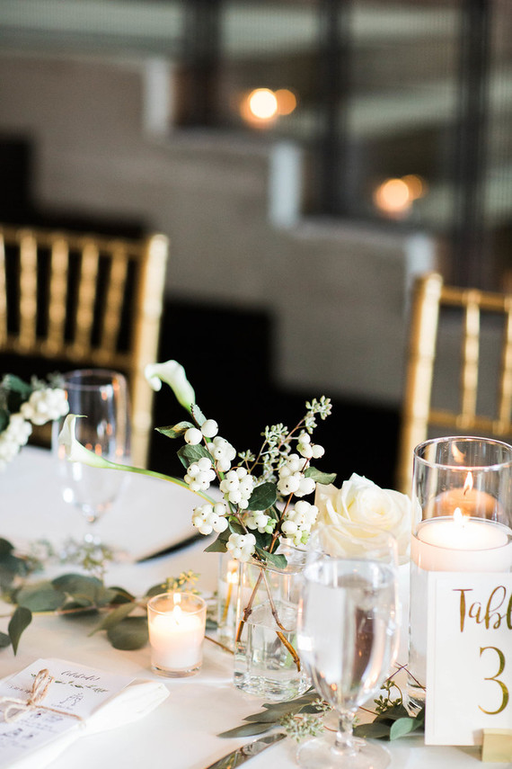 Classic Chicago wedding ceremony at A New Leaf