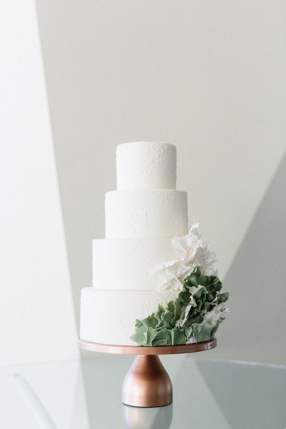 minimal succulent inspired wedding cake