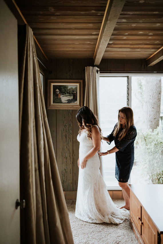 Intimate fall camp wedding at Mount Laguna in San Diego